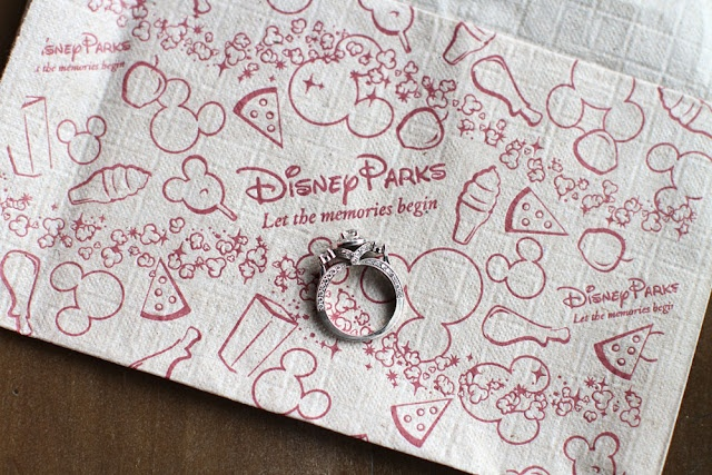 Disney engagement photo ideas!!!! (Because getting married at Disney is totally out of the picture!)