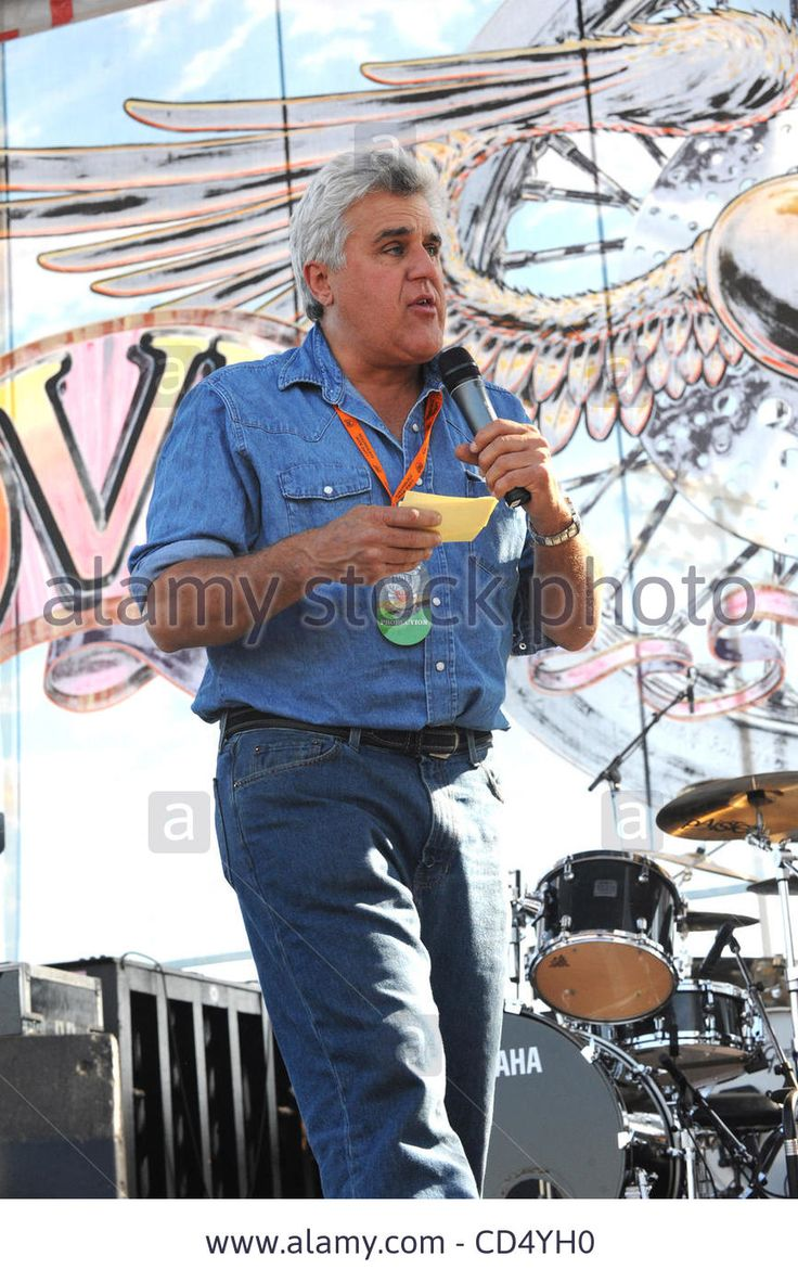 Download this stock image: Oct 26, 2008-Pomona, California, USA-Comic JAY LENO at the 2008 Love Ride 25 where he acted as Grand Marshall, held at the Pomona Fairgrounds.  (Credit Image: cr  Scott Mitchell/ZUMA Press - CD4YH0 from Alamy's library of millions of high resolution stock photos, illustrations and vectors.