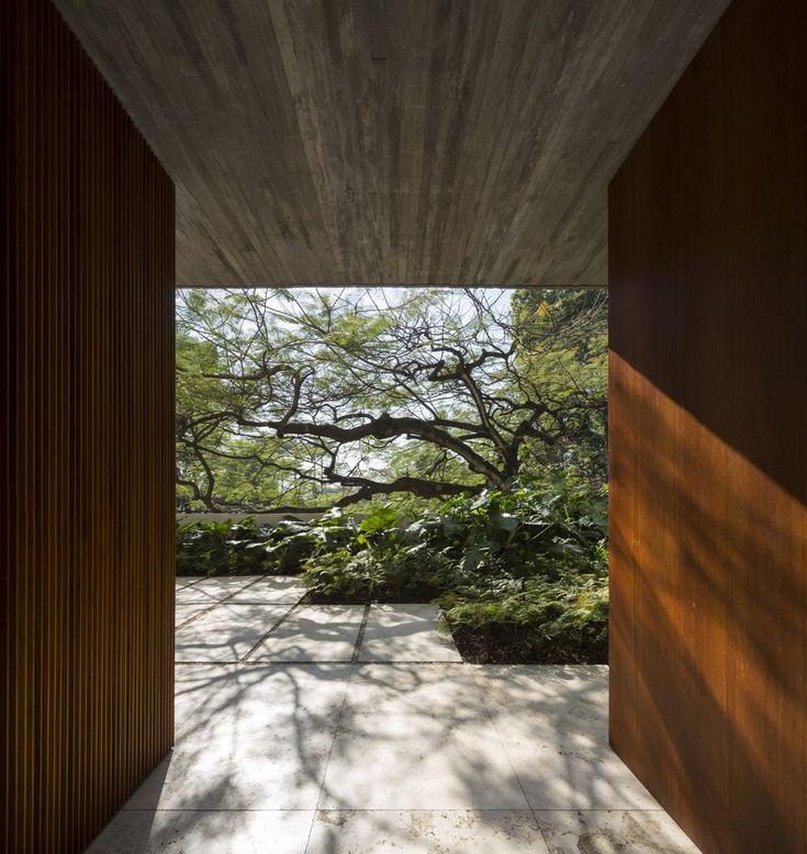 Galeria de Casa dos Ipês / StudioMK27 - Marcio Kogan + Lair Reis - 25