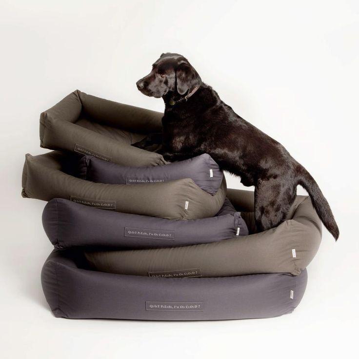 ber ideen zu gro e hundebetten auf pinterest. Black Bedroom Furniture Sets. Home Design Ideas