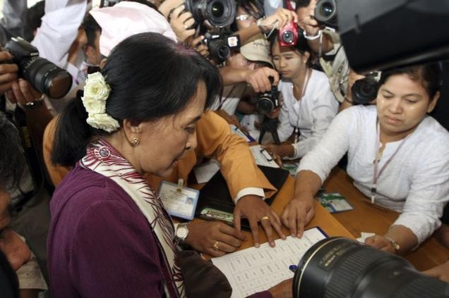 She's done it! Fantastic. After almost 25 years of protest, Aung San Suu Kyi signs in as a regular member of the Myanmar parliament. Democracy Rules!