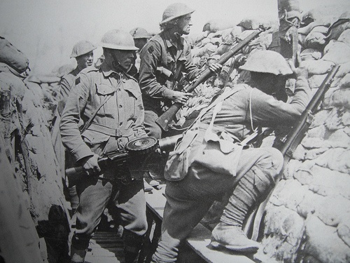 Australian troops making ready in their trench.WW1