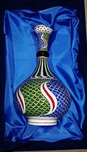 Turkish ottoman handmade iznik tile vasespecial by nurceramicarts