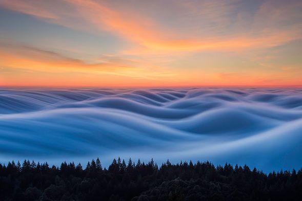 Mgła niczym fale oceanu