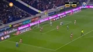 Liga Portuguesa 11/12 (11ªJ): FC Porto 3-2 Sp. Braga (27-11-2011), via YouTube.