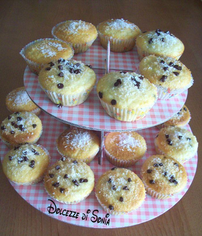 Muffin al cocco e gocce di cioccolato - Blog Dolcezze di Sonia