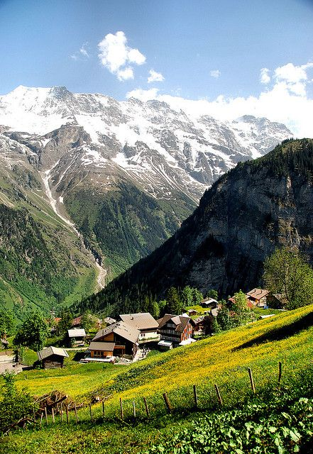 Valley view, hike from Murren to Gimmewald, Switzerland