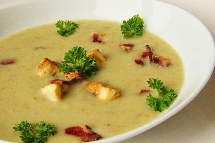 V kuchyni vždy otevřeno ...: Petrželová krémová polévka se žampiony a slaninou
