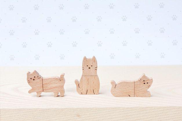 cats at DaWanda CAT USB Flash Drive      Material : Beech wood , USB 2.0   Capacity : 8 GB   ** Designs : Cat walk, Cat sit, Cat sleep **