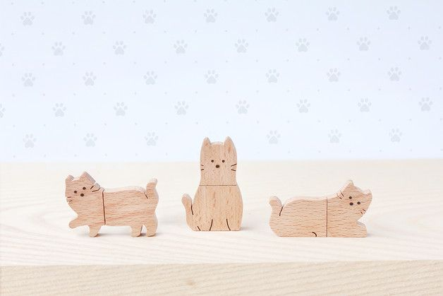 cats at DaWanda CAT USB Flash Drive      Material : Beech wood , USB 2.0   Capacity : 8 GB   ** Designs : Cat walk, Cat sit, Cat sleep **