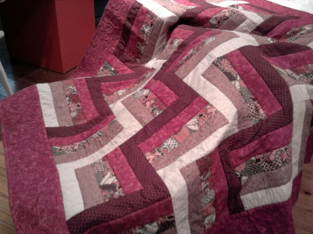 My first Rail fence quilt fore Thaila 2011