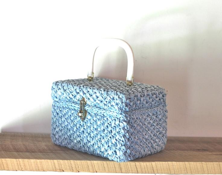 straw box purse from Etsy