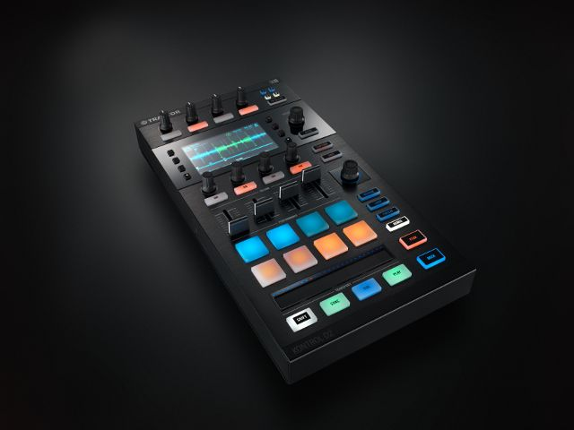 Gearjunkies.com: Native Instruments announces Traktor Kontrol D2