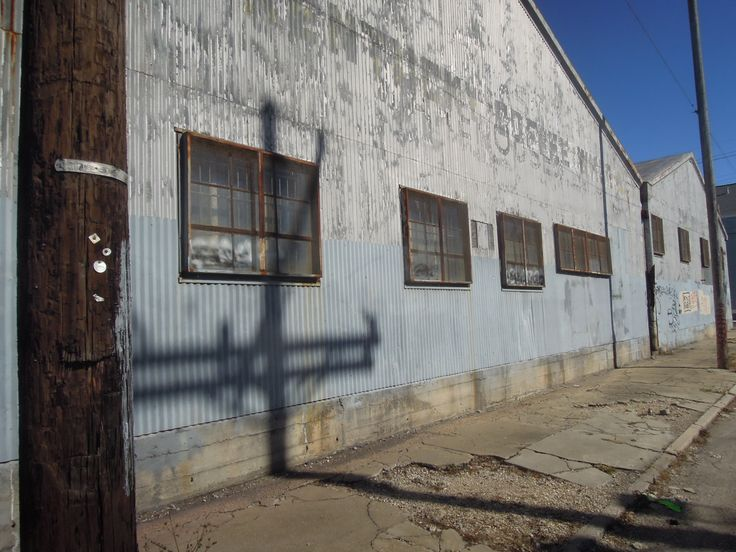 Warehouse. Marigny/Bywater. New Orleans