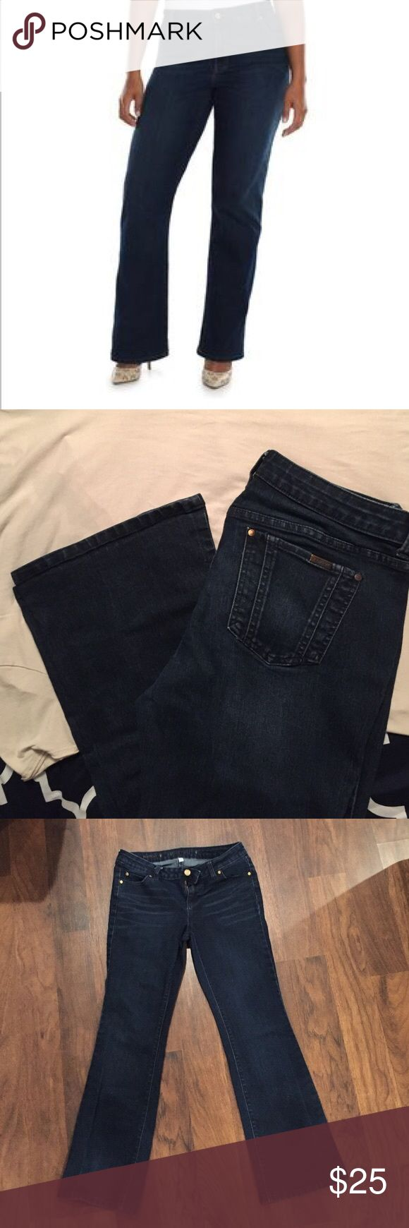 "Jennifer Lopez Dark Bootcut Jeans 14 Jennifer Lopez bootcut jeans in dark wash. New without tags. Average length 30"" inseam. Size 14 regular. Bought from Kohls and never wore them because of weight loss. My favorite brand of jeans hands down. Super comfortable! Jennifer Lopez Jeans Boot Cut"