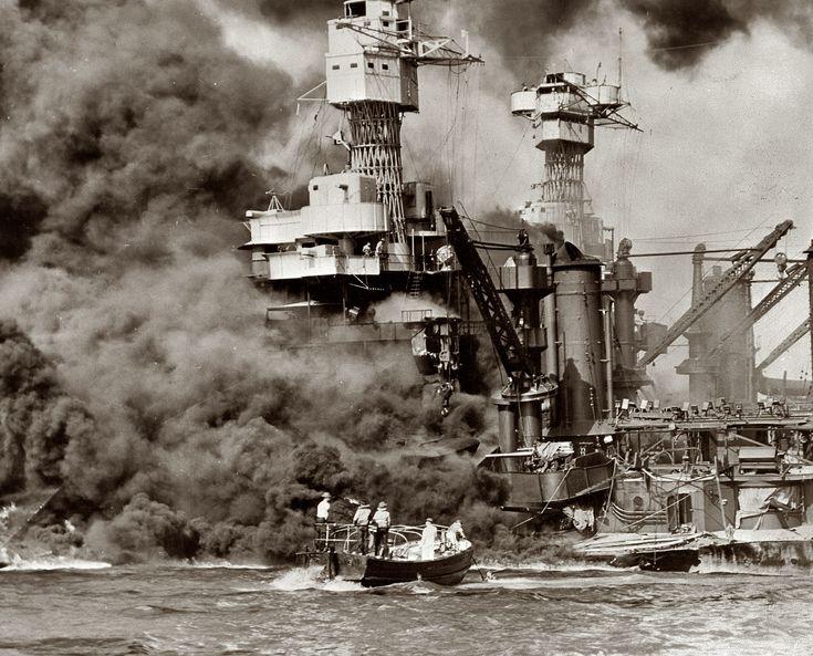 December 7, 1941. Pearl Harbor, Hawaii. Dit was een verrassingsaanval door de Japanse Keizerlijke Marine. De aanval was bedoeld om het grootste deel van de vloot van de Verenigde Staten te vernietigen, zodat Japan vrij spel zou hebben in de Pacifische Oceaan.