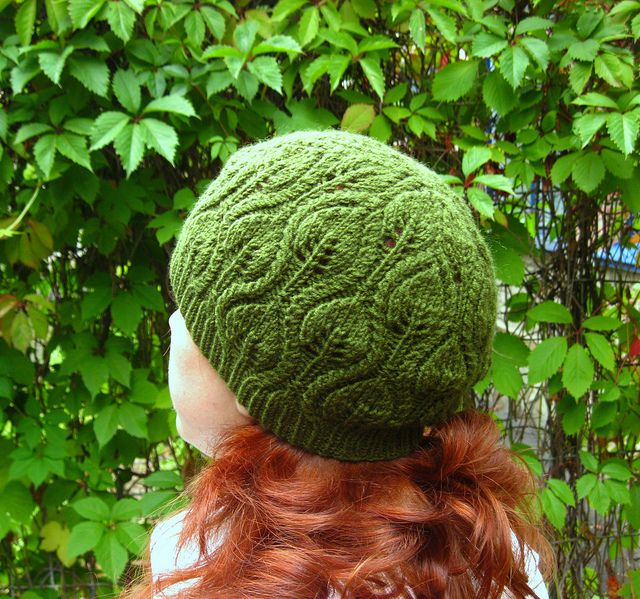 Free+Knitting+Pattern+-+Hats:+Foliage+Hat