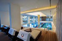 q spa resort; binnen zwembad
