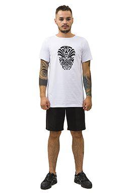 Футболка с этнической маской. T-shirt  with ethnic mask