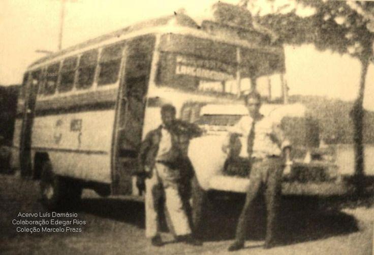 RiÔnibusAntigo: Viação São José Agora temos três imagens de um mesmo ônibus da empresa, na década de 50, fazendo a linha S-55. A foto é posterior a 1954, pois o número de ordem do veículo é da primeira série numérica adotada pela Prefeitura, no caso 116.5X (11653).