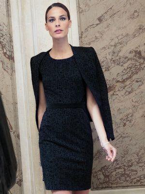 robe noire cintrée de un jour ailleurs