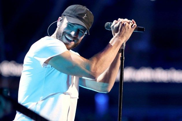 Sam Hunt fans hoping for a new album will have to wait a little bit longer — at least until he ties the knot.
