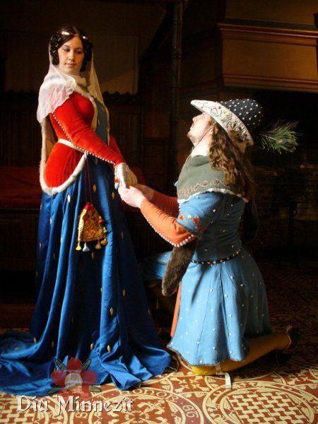 Minneszene um 1350 : Ein Ritter Mitte des 14ten Jahrhunderts kniet vor seiner angebeteten Dame