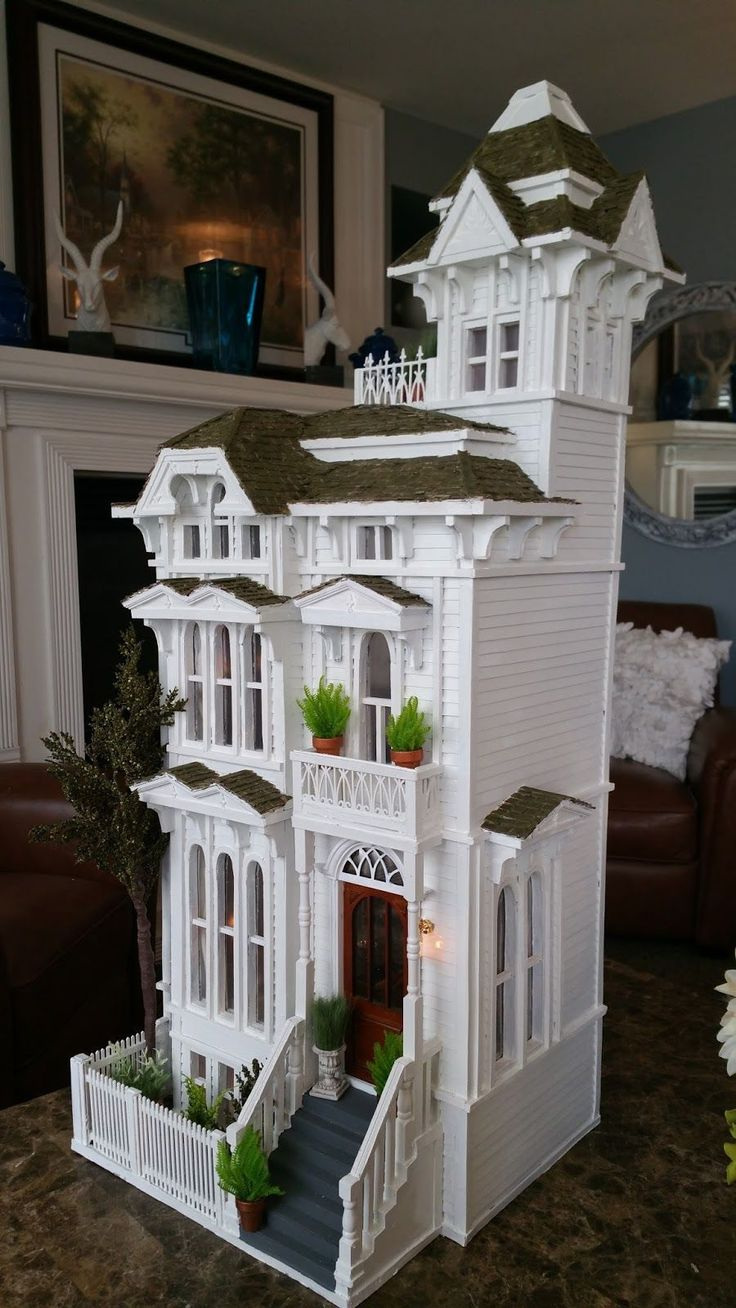 Greggs Miniature Imaginations: San Fransisco House in 1/12 scale.