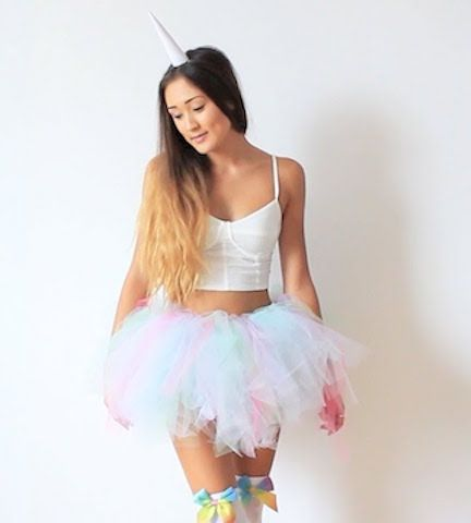 26 Halloween Costumes for Every Sorority | http://www.hercampus.com/life/greek-life/26-halloween-costumes-every-sorority | Delta Phi Epsilon Costume