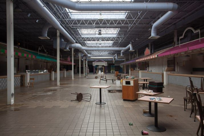 Completely Surreal Photos Of America S Abandoned Malls Abandoned Malls Abandoned Abandoned Cities