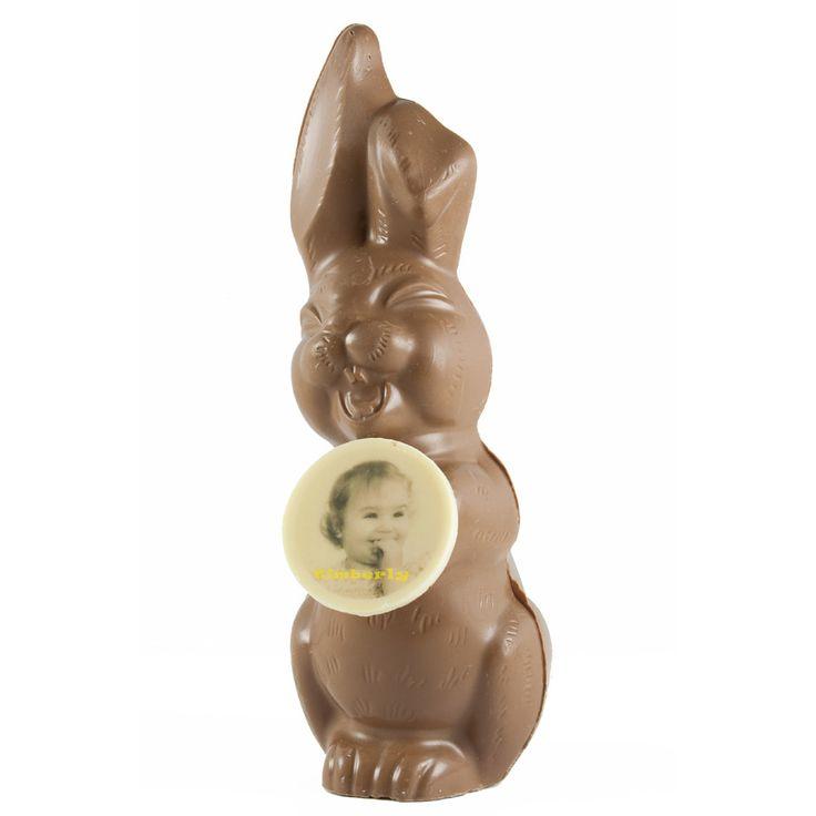 Wat zou Pasen zijn zonder een paashaas? Maak uw Paasfeest compleet met een persoonlijke chocolade paashaas!