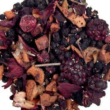 Bacche di sambuco, pezzi di mela, ibisco, barbabietole, rosse, more, aromi, ribes, lamponi, foglie di mora, pezzi di fragola.