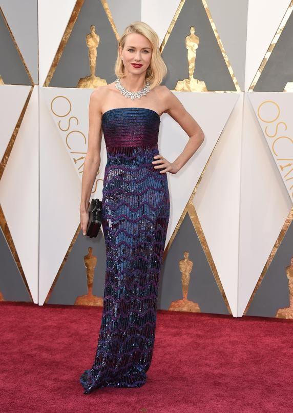 ¿Aún no has visto los mejores looks de la Gala de los Oscar 2016? Elegantes, deslumbrantes, guapas... Descubre quiénes sí han sabido cautivar con su estilismo estos Oscar. ¿Y a ti, cuál te gusta más?