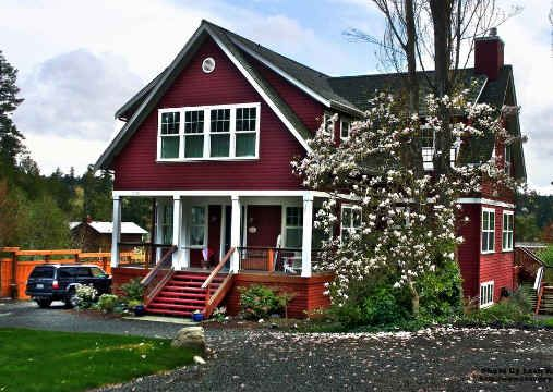 """Seeking for that perfect little """"red"""" cottage on a private island. http://hookedonhouses.net/"""