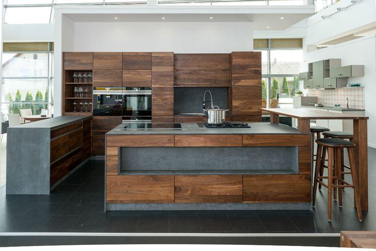 Inspiration for modern kitchen island from Klose #modernkitchen #Klosefurniture #interiorideas