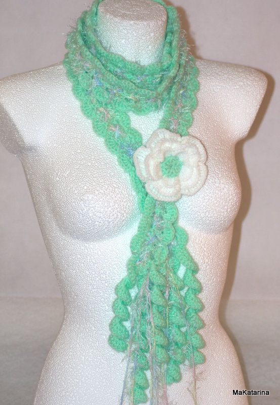 Queen Ann Rose Lariat aquamarine white crochet by MaKatarina