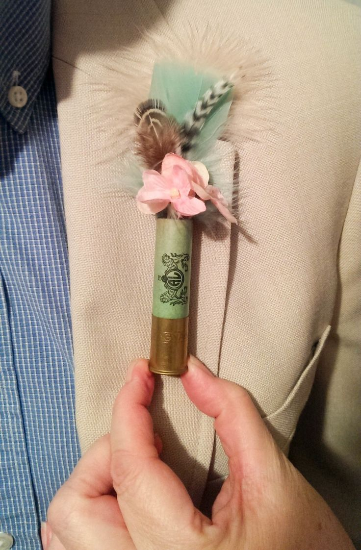 Screw shotgun weddings — it's all about these shotgun boutonnieres