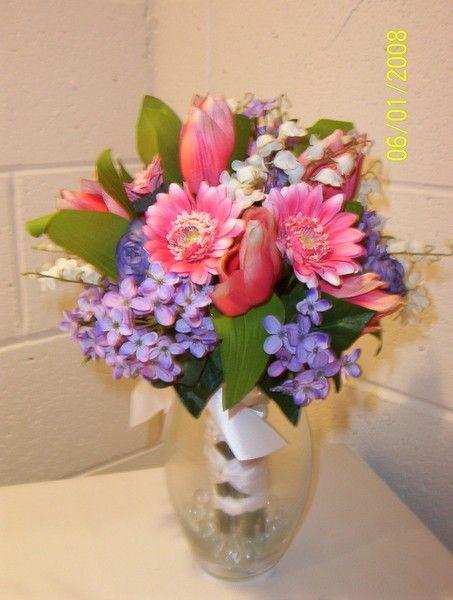 Multicolor Daisy Greenery Silk Tulip Wedding Flowers Photos & Pictures - WeddingWire.com