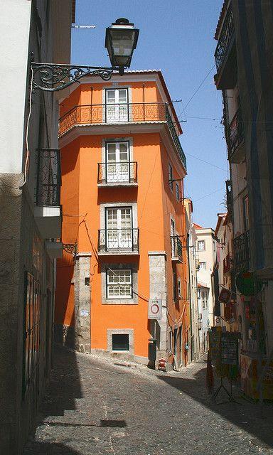 Vielas de Alfama, Lisbon, Portugal