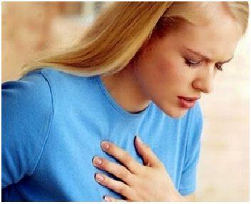Beberapa Tips Mengurangi Resiko Terkena Penyakit Jantung Secara Alami  BacaTips.Com - Serangan jantung semakin hari semakin menjadi momok yang sangat menakutkan dan selalu menghantui setiap manusia khususnya kaum pria. Penyakit jantung akan memunculkan gejalanya dan semakin menjadi momok saat pria atau wanita menginjak usia lima puluh tahun. Di usia ini sel-sel tubuh manusia yang selalu produktif untuk memperbarui sel organ yang mati mulai menurun aktivitasnya.  Oleh sebab itu baik pria…