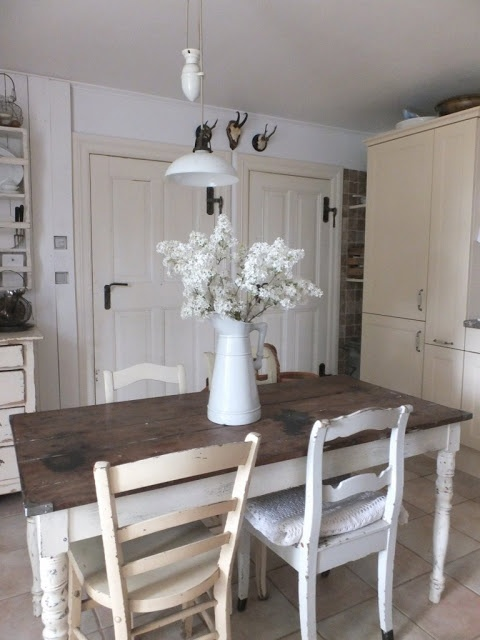 Loving That Old Farmhouse Table And Oooh Just Everything