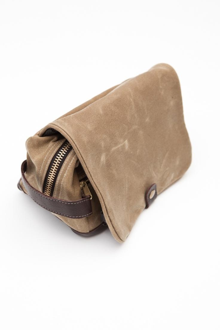 Barnaby Black Dopp Kit