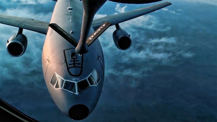 The Biggest Air Refueling Mishaps Caught On Camera - HD video