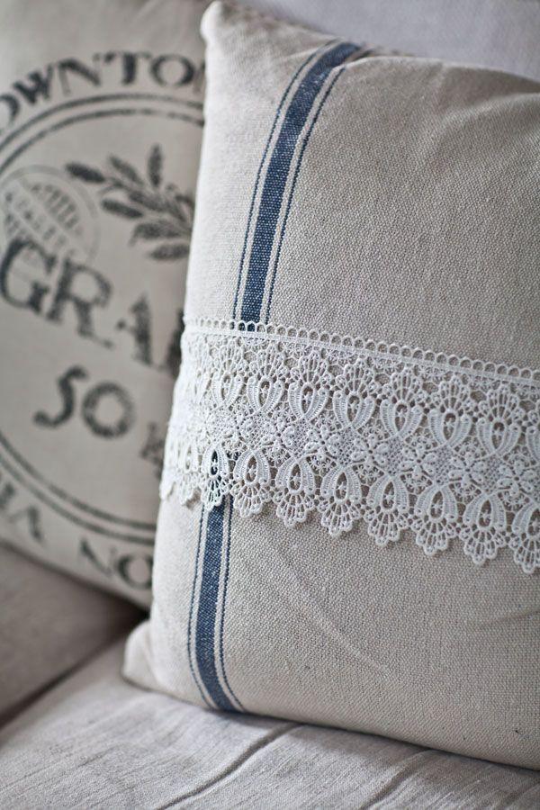 Lace Grainsack Pillow Tutorial & 196 best Fabric: Pillows - Fabric / Lace images on Pinterest ... pillowsntoast.com