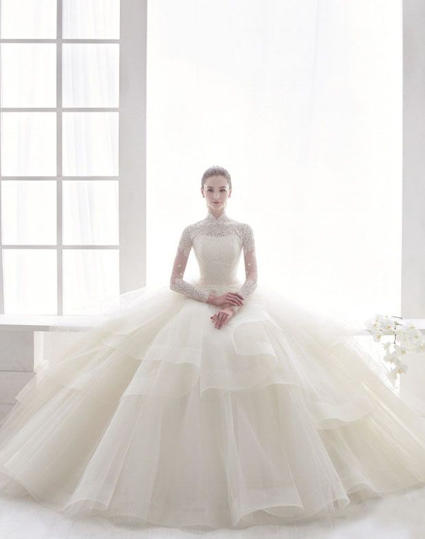 We're graced with gorgeousness thanks to this vintage-inspired laced ball gown from J Sposa!