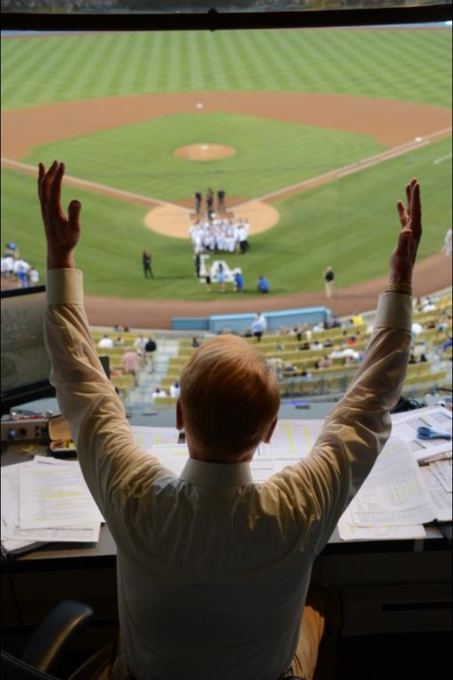 Vin Scully. The voice of Dodger baseball