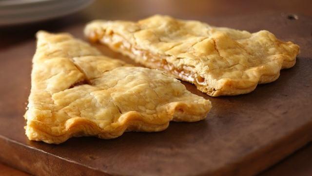 Easy Apple Pie FoldoverEasy Apples Pies, Pies Crusts, Food, Big Pies, Pies Filling, Baking, Apples Recipe Desserts, Pies Foldover, Apple Pies