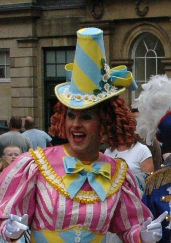 Google Image Result for http://www.whatsonstage.com/blogs/northeast/wp-content/uploads/2009/01/chris-hayward-panto-dame.jpg