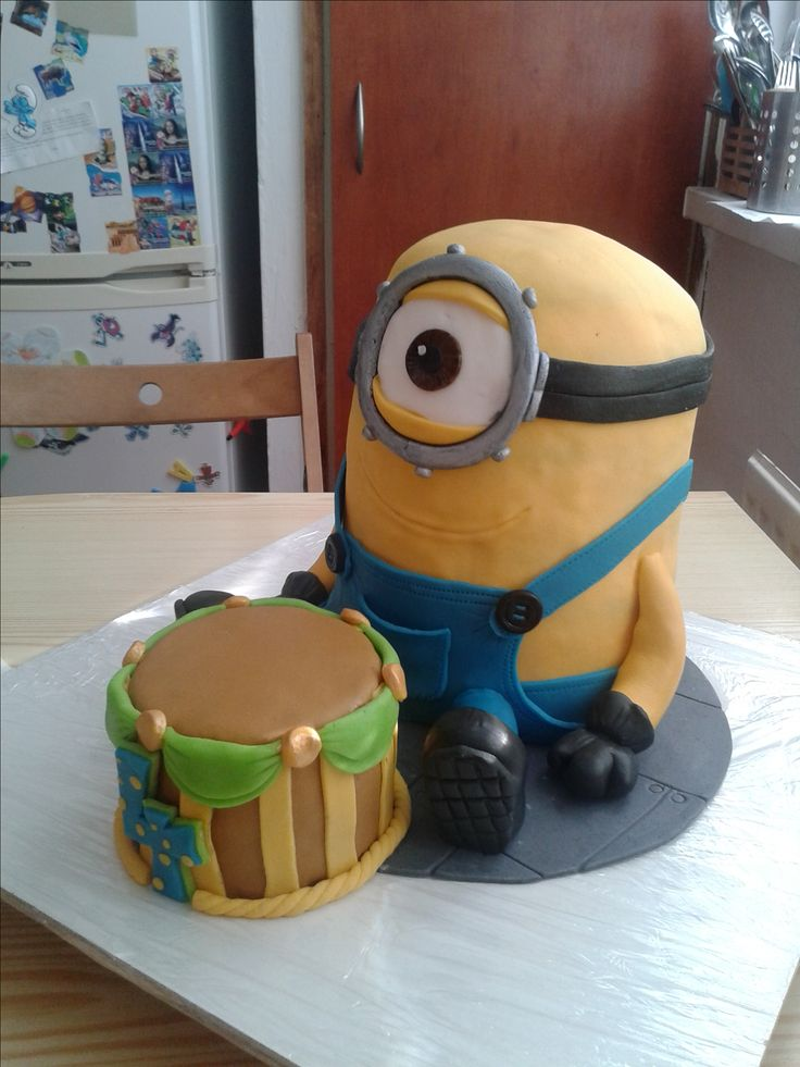 Minion cake for my little nephew - synovec miluje mimoně :)