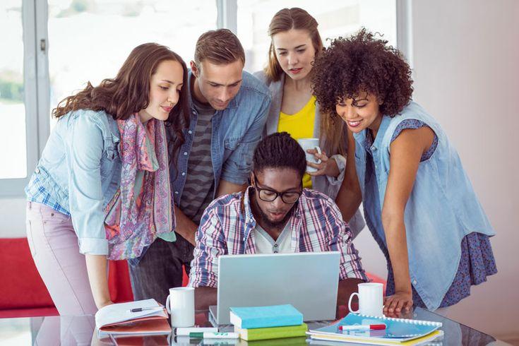 Siempre ha habido una cierta tendencia por parte de los universitarios a imaginarse trabajando en un puesto de empleo seguro.